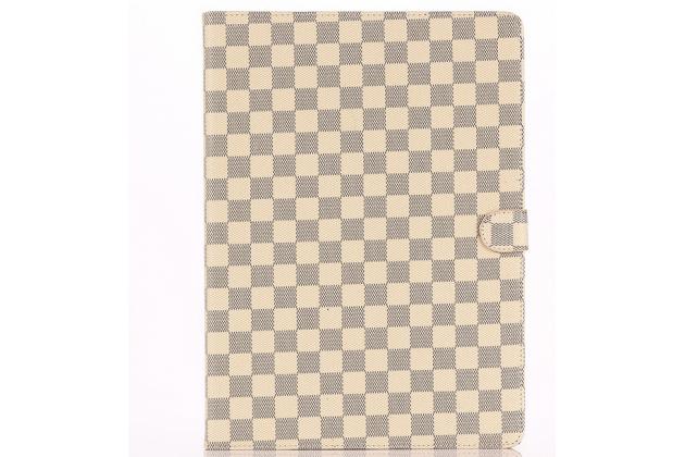 """Чехол-книжка из кожи с мульти-подставкой и застёжкой для ipad pro 12.9"""" белый в клетку"""