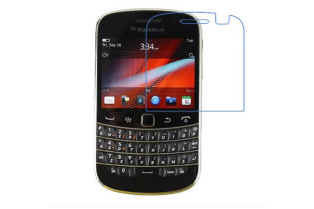 Защитное закалённое противоударное стекло премиум-класса из качественного японского материала с олеофобным покрытием для телефона blackberry bolt 9900