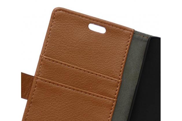 Чехол-книжка из качественной импортной кожи с мульти-подставкой застёжкой и визитницей для блэкберри лип з20 коричневый