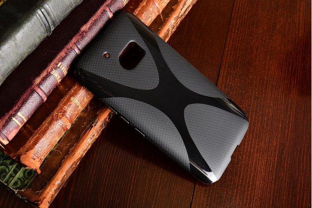 """Ультра-тонкая силиконовая задняя панель-чехол-накладка для  htc 10 / htc one m10 / lifestyle 10 5.2"""" черная"""