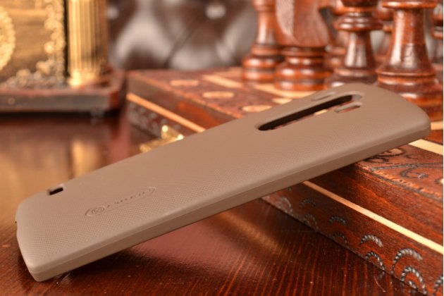 Задняя панель-крышка-накладка из тончайшего и прочного пластика для lg g4 beat / g4s коричневая