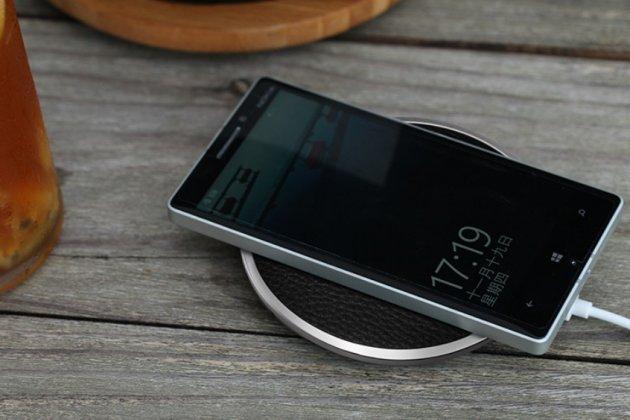 """Беспроводная зарядка (qi) на телефон zte nubia m2 5.5"""" (nx551j) с отделкой под кожу и led-подсветкой. продаётся комплектом (док -станция + ресивер)"""