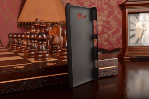 Задняя панель-крышка-накладка из тончайшего и прочного пластика для nokia lumia 820 черная