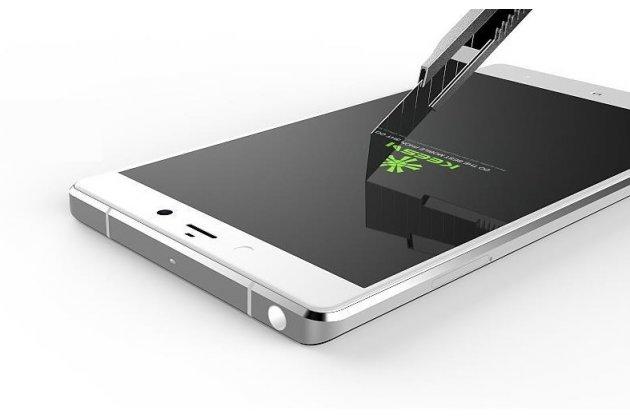 Защитное противоударное стекло которое полностью закрывает экран из качественного японского материала с олеофобным покрытием для телефона xiaomi mi note/mi note pro с защитой сенсорных кнопок и камеры
