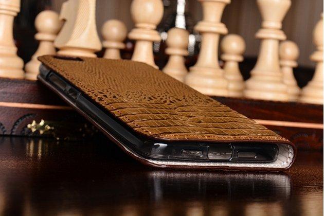 Роскошный эксклюзивный чехол с объёмным 3d изображением кожи крокодила коричневый для xiaomi mi5. только в нашем магазине. количество ограничено