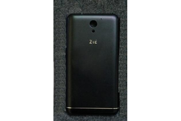 Родная задняя крышка-панель которая шла в комплекте для zte blade a510 черная