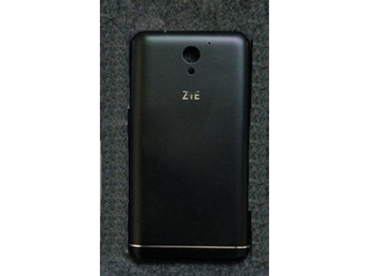 Родная задняя крышка-панель которая шла в комплекте для zte blade a510 черная..