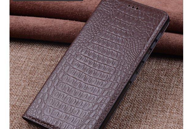 Роскошный эксклюзивный чехол с фактурной прошивкой рельефа кожи крокодила коричневый для blackberry motion. только в нашем магазине. количество ограничено