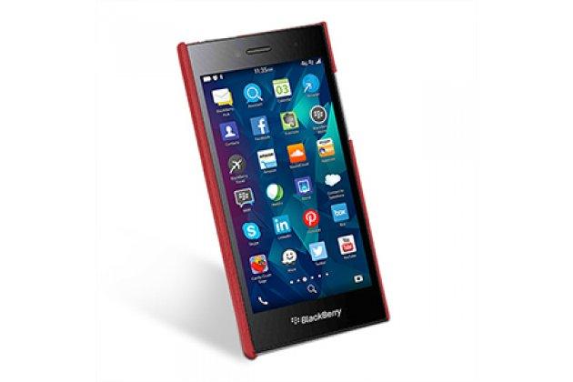 Премиальная элитная крышка-накладка из тончайшего прочного пластика и качественной импортной кожи для blackberry leap z20  ретро под старину красная