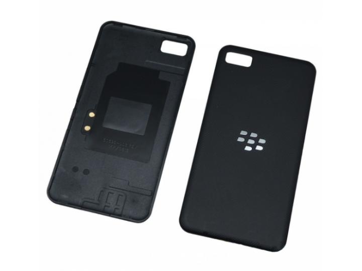 Родная задняя крышка-панель которая шла в комплекте для blackberry z10 / blackberry porsche desig..