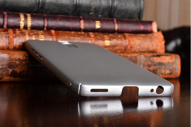 Задняя панель-крышка из прочного пластика с матовым противоскользящим покрытием для meizu m6 note  в серебристом цвете