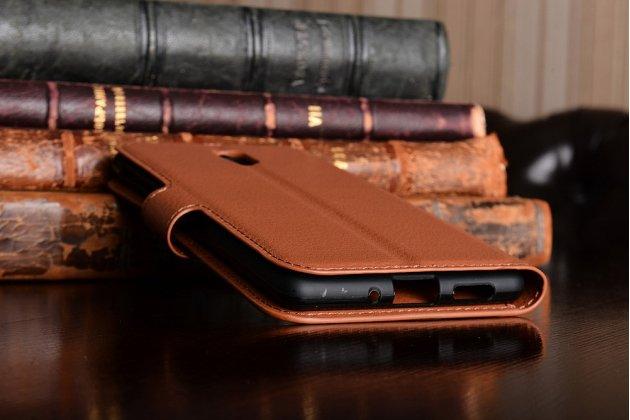 Чехол-книжка из качественной импортной кожи с подставкой застёжкой и визитницей для нокиа 3 коричневый