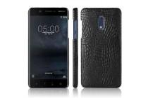 Фирменная роскошная элитная премиальная задняя панель-крышка на пластиковой основе обтянутая лаковой кожей крокодила  для Nokia 5 черный