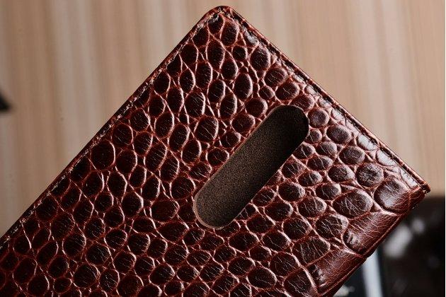 Роскошный эксклюзивный чехол с фактурной прошивкой рельефа кожи крокодила коричневый для nokia 8. только в нашем магазине. количество ограничено