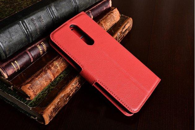 Чехол-книжка из качественной импортной кожи с подставкой застёжкой и визитницей для нокиа 8 красный