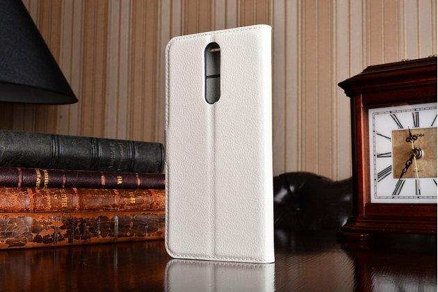Чехол-книжка из качественной импортной кожи с подставкой застёжкой и визитницей для нокиа 8 белый