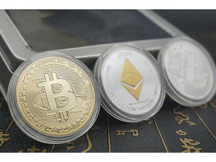 Подарочный набор коллекционных сувенирных монет bitcoin, litecoin , etherium..