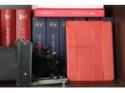 Чехол-футляр для iPad 2/3/4 из высококачественной Итальянской натуральной кожи класса премиум красный..